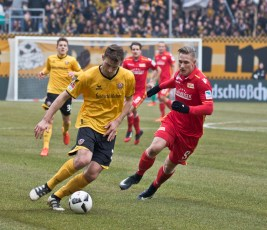 Polter during one of the scoreless matches