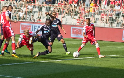 ...and heads home Union's goal from the resulting free-kick