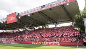 St. Pauli end before kick-off