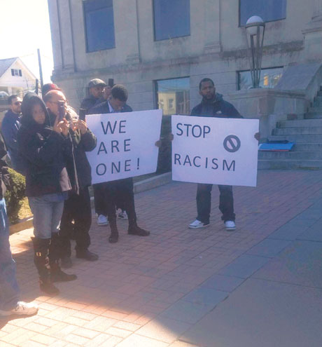 Demonstrators call for resignation of Linden fire chief