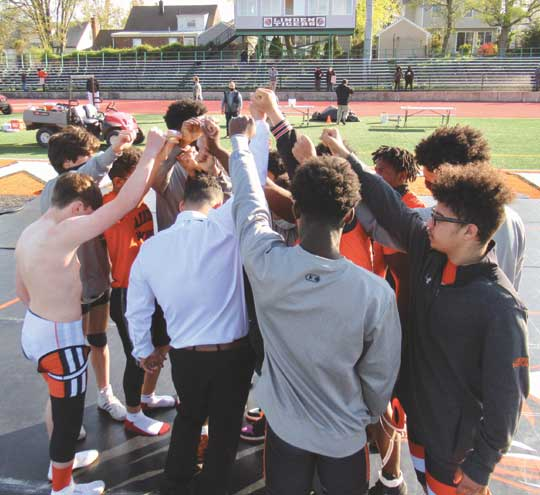 Linden HS wrestlers host their first-ever outdoor match