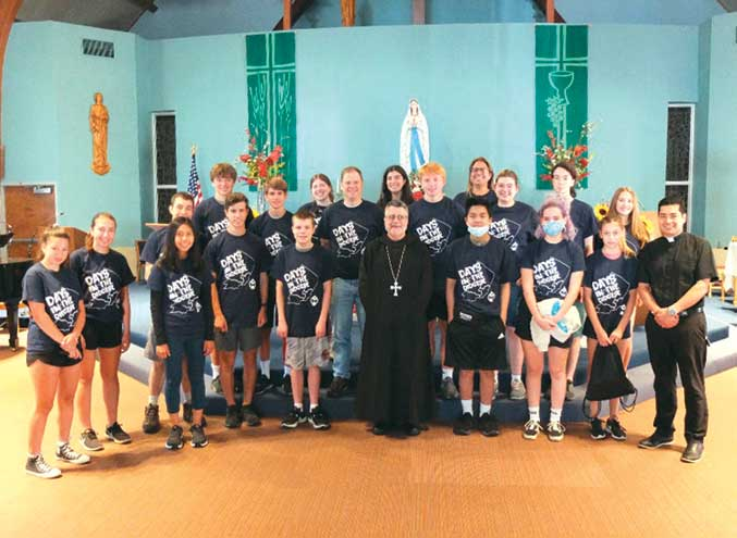 Teens volunteer at church for new Archdiocese of Newark service program