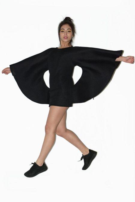 Chaleco o vestido. Ropa alternativa online.