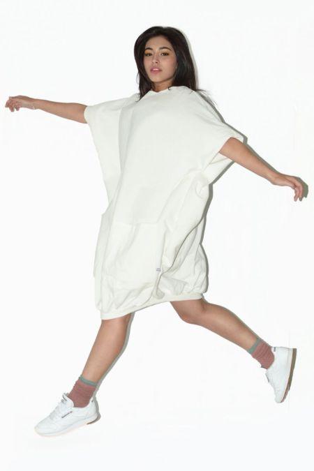Vestido corto. Ropa alternativa mujer
