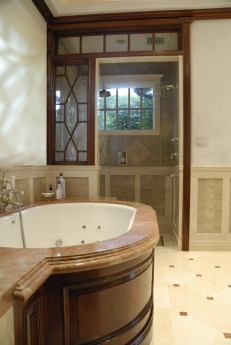 Mahogany Master Bath tub-shower