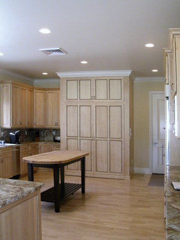 Natural Maple Kitchen Cabinetry