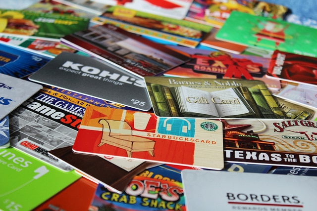Giving Gift Cards as Presents - yay or Nay