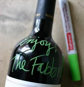 graffiti-wine-bottle--680x700