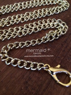 Chain necklace employee gift idea