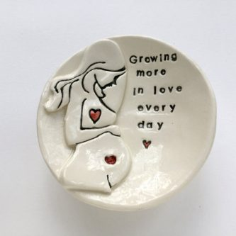 Expectant mother gift clay plate gift ideas for your pregnant friend