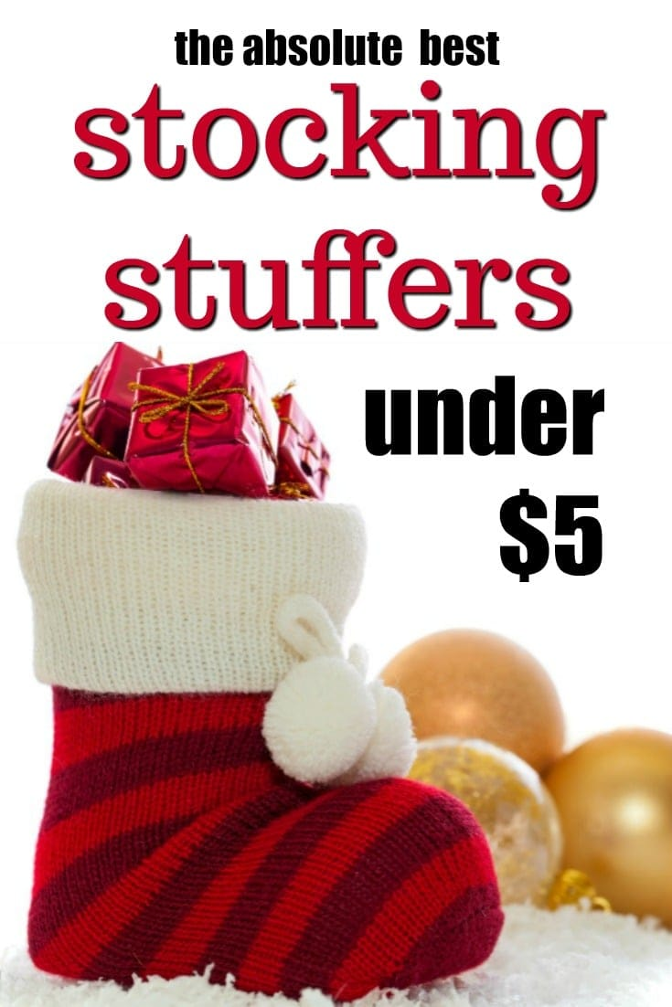 Cheap Stocking Stuffers Under $5 that are still awesome | How to save money on Christmas | Christmas tips | Holiday hacks | Stocking stuffers for adults | Stocking stuffer ideas for kids | Frugal gift ideas | What to put in a stocking