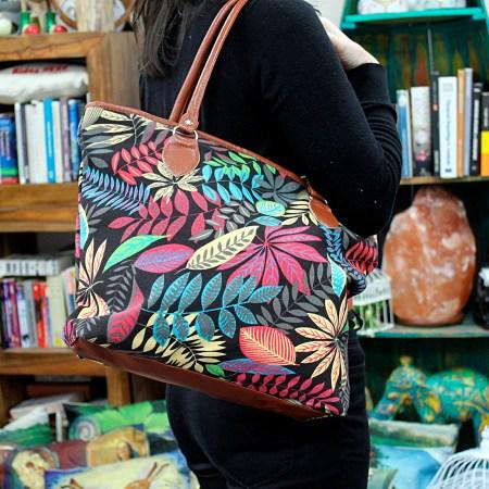 jungle-tote-bags-black-orange-image1