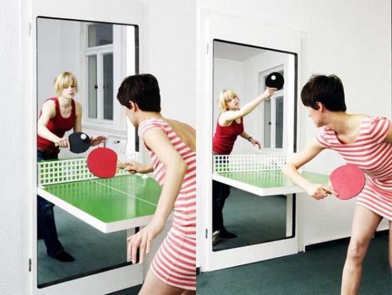 卓球台に変身するドア