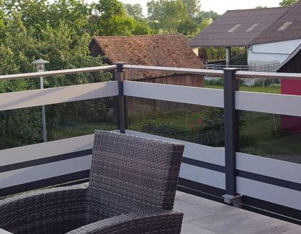 balcony 140 flat with glass