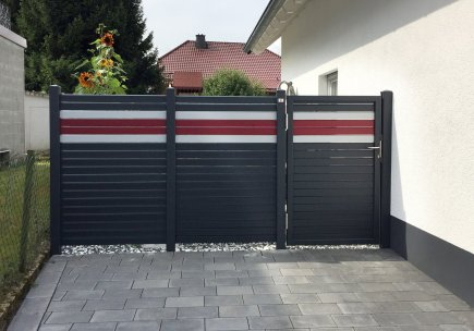 fence rhombus black white and red with gate