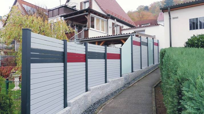 fence rhombus white grey red and glass 1