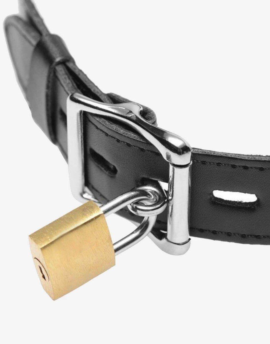 En hængelås kan låse Jolt til slavens hals