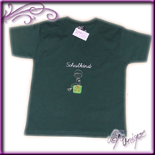 T-Shirt zum Schulanfang in grün mit Kreideschrift (oder in vielen anderen Farben)