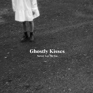 GhostlyKisses-EPNLMG