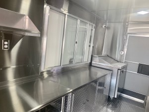 italian food truck kitchen