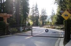 DRIVEWAY GATES3