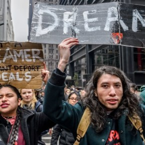 What happens if Congress fails to make a deal on DACA by March 5th?