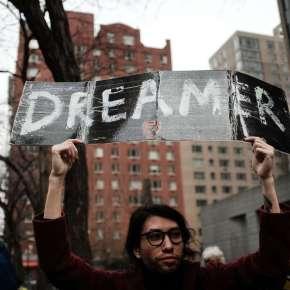 """Segunda propuesta republicana tampoco da a los """"Dreamers"""" vía a la ciudadanía"""