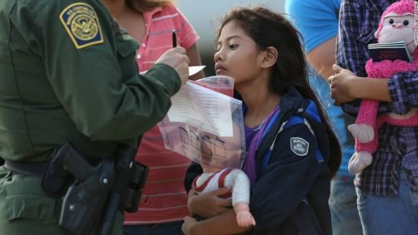 140725150145-border-patrol-agent-girl-horizontal-large-gallery (1).jpg