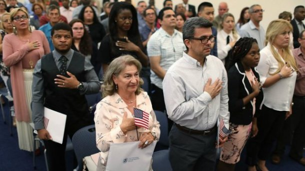 us_citizenship_ceremony_09202018 (1).jpg