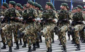 Iranian Soldiers on the march, (Photo: ccs.infospace.com)