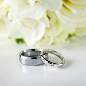 Wedding Rings & Lilies