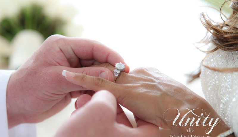 LancelottiPhotography-engagement-ring-hands-unity