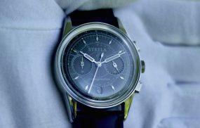 Strela-watch-by-univaque-black-classic-bild2