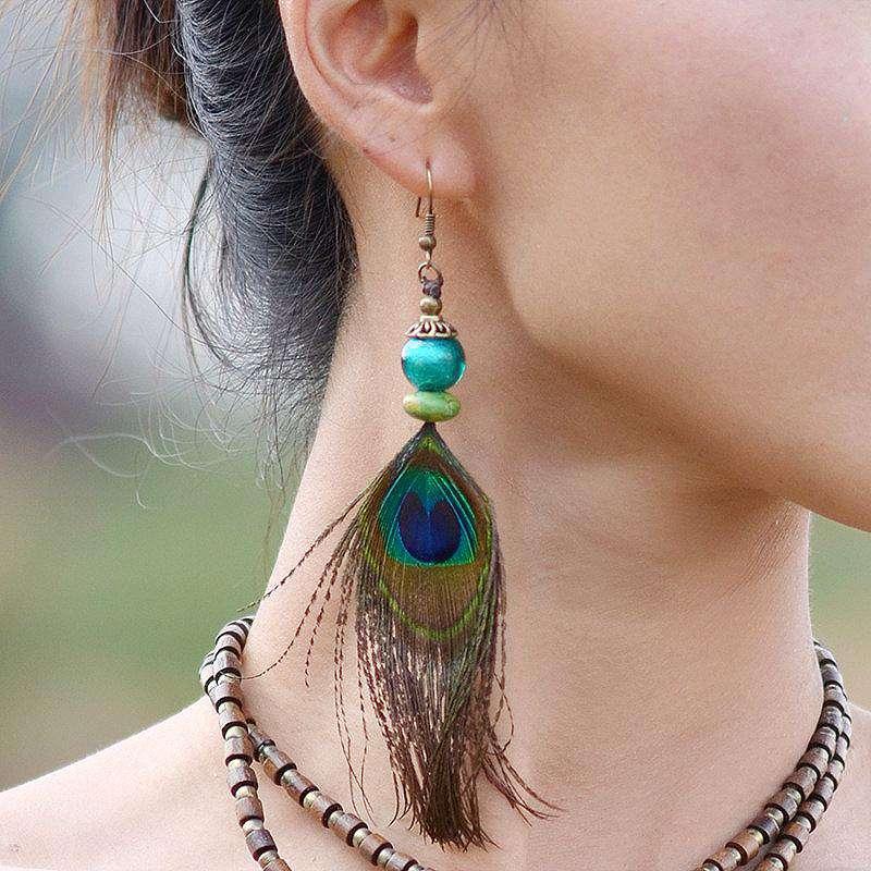 Boucles d'oreilles en plumes de paon & pierres naturelles - L'univers-karma