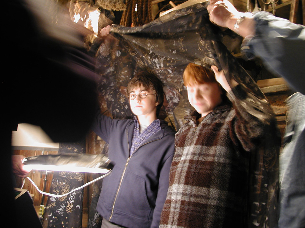 harry potter invisibility cloak behind the scenes