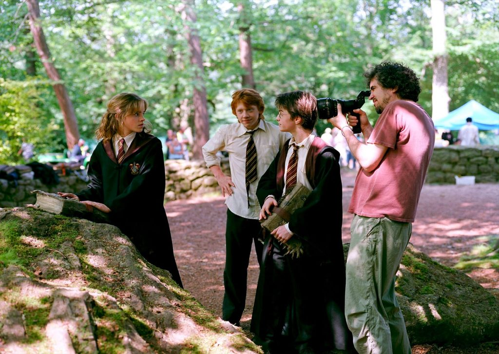 Alfonso directs main 3 casts Emma, Rupet and Daniel as Hermione, Ron and Harry - Harry Potter and Prisoner of Azkaban - Behind the Scenes