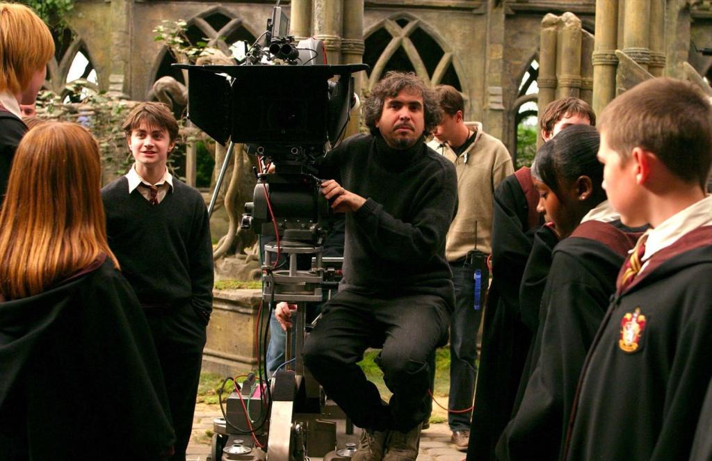 Alfonso Cuaron In The Hogwarts Courtyard