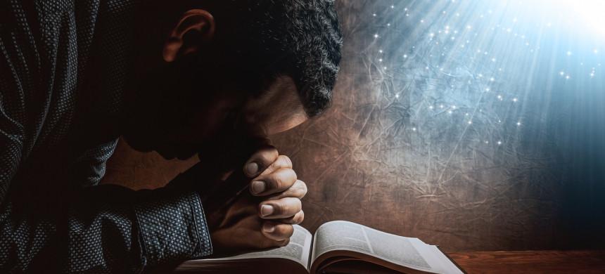 Ayuno de Daniel abra sus oídos para la voz de Dios