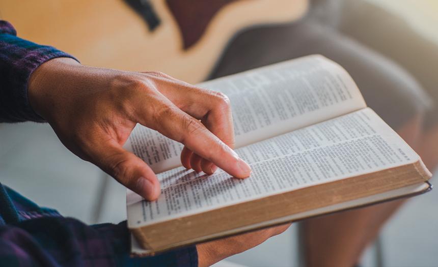 Resucitan los que oyen y practican la Palabra