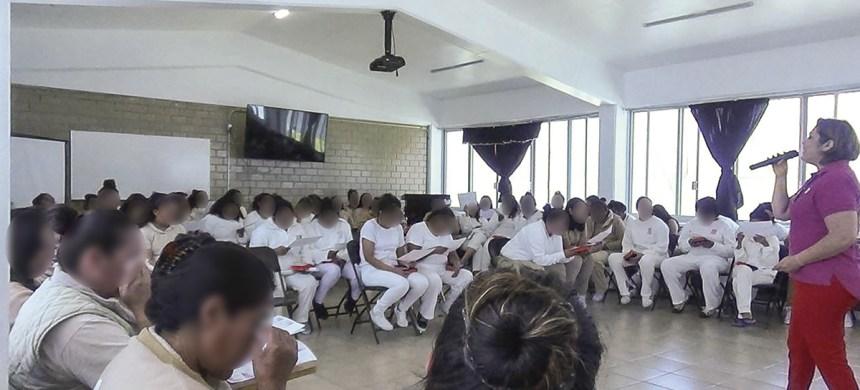 Universal Evangelización Carcelaria (UEC) visita el Cereso de Querétaro