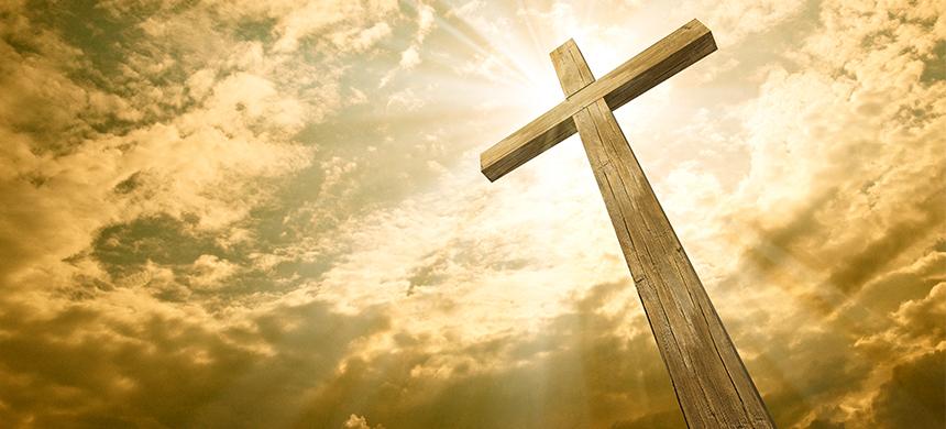 Persecución cristiana: «Las cruces de las iglesias no pueden ser más altas que la bandera nacional»