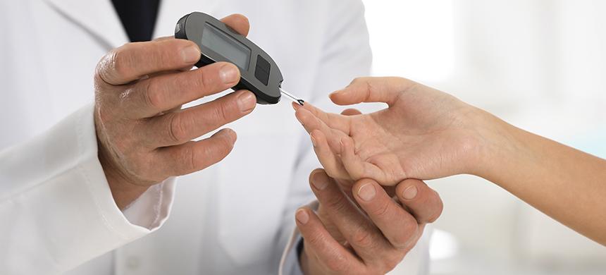 Coma diabético: consecuencia de niveles de glucosa descontrolados