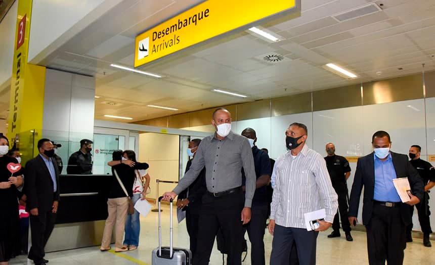 Misioneros brasileños fueron deportados de Angola