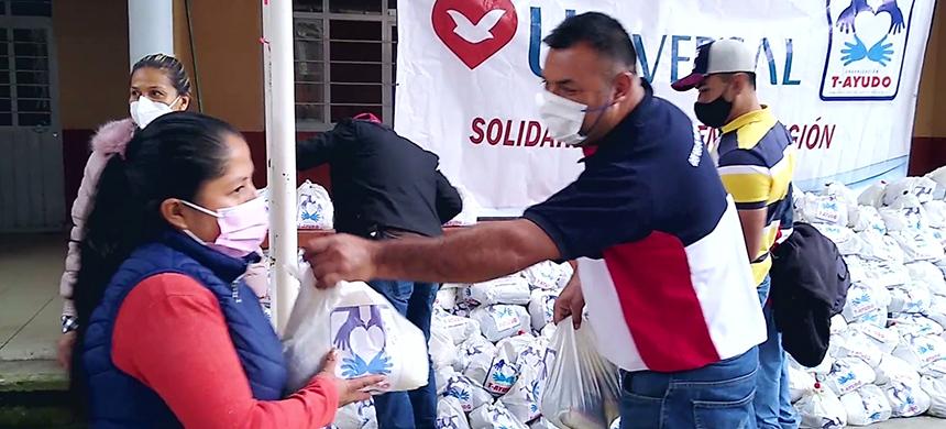 El pueblo de Ahuacatlán lucha contra el hambre y el desempleo, pero la UniSocial llegó en el momento preciso