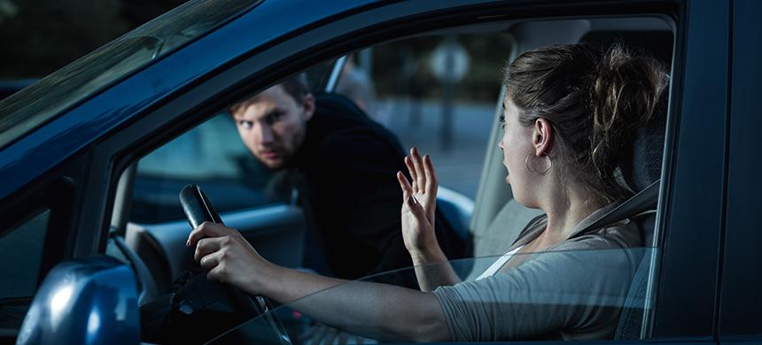 10 consejos para evitar asaltos mientras manejas