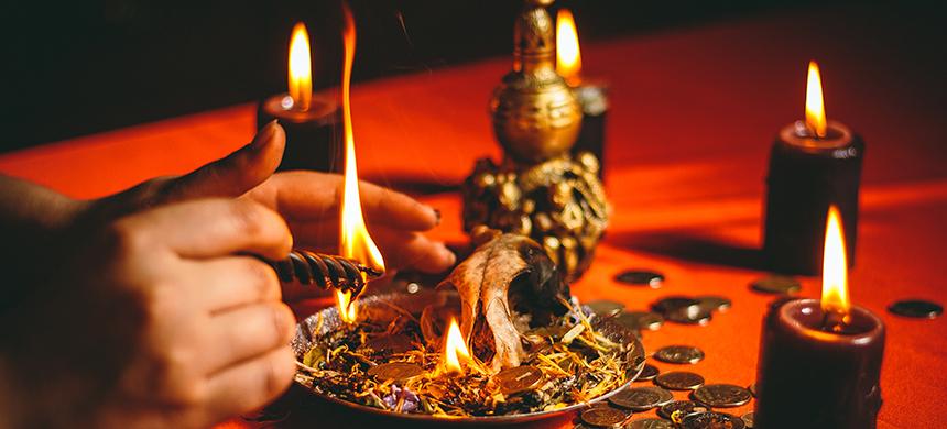 ¿Hay una forma de protegerte de la brujería?