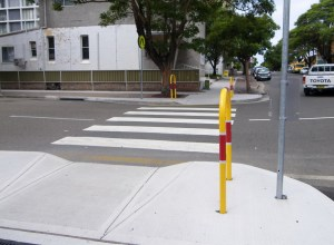 kerb ramp with pedestrian crossing with no tactile markers