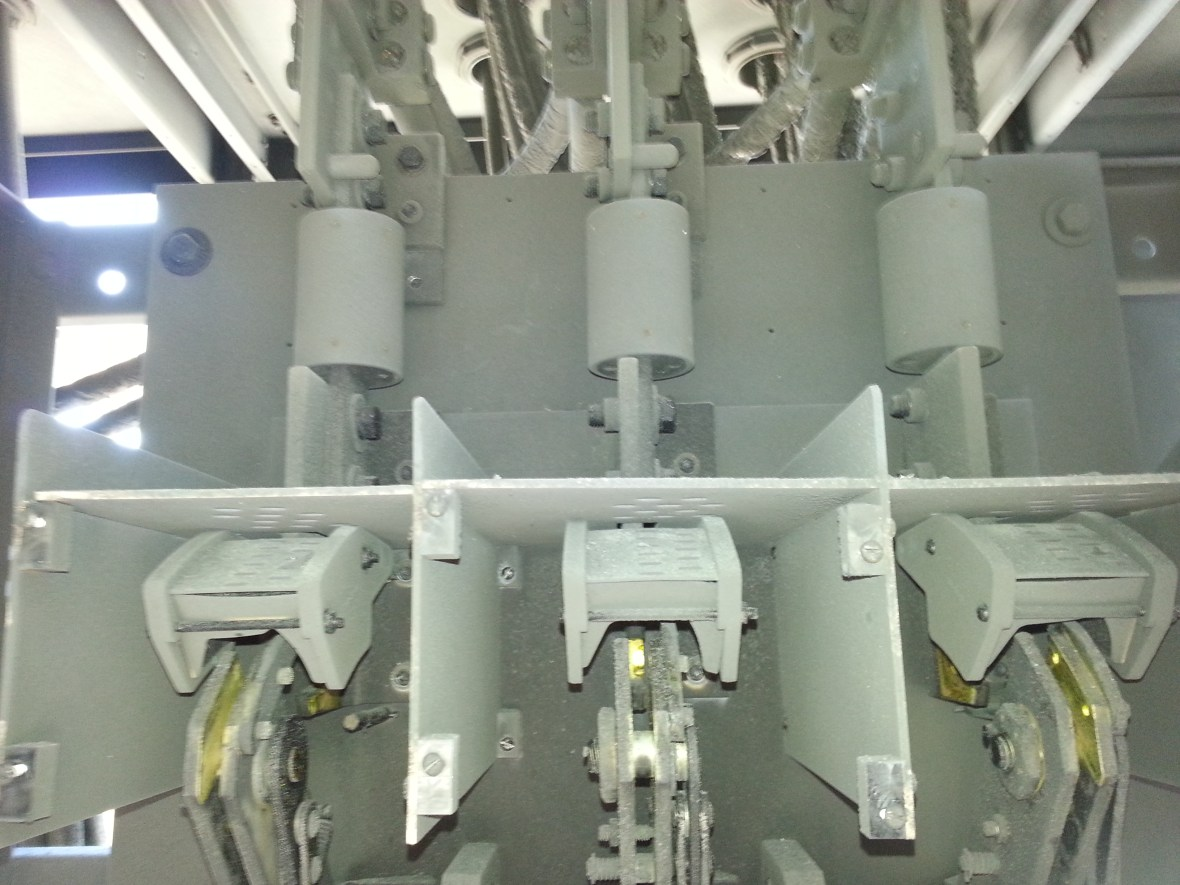 Dry Ice Cleaning Switchgear