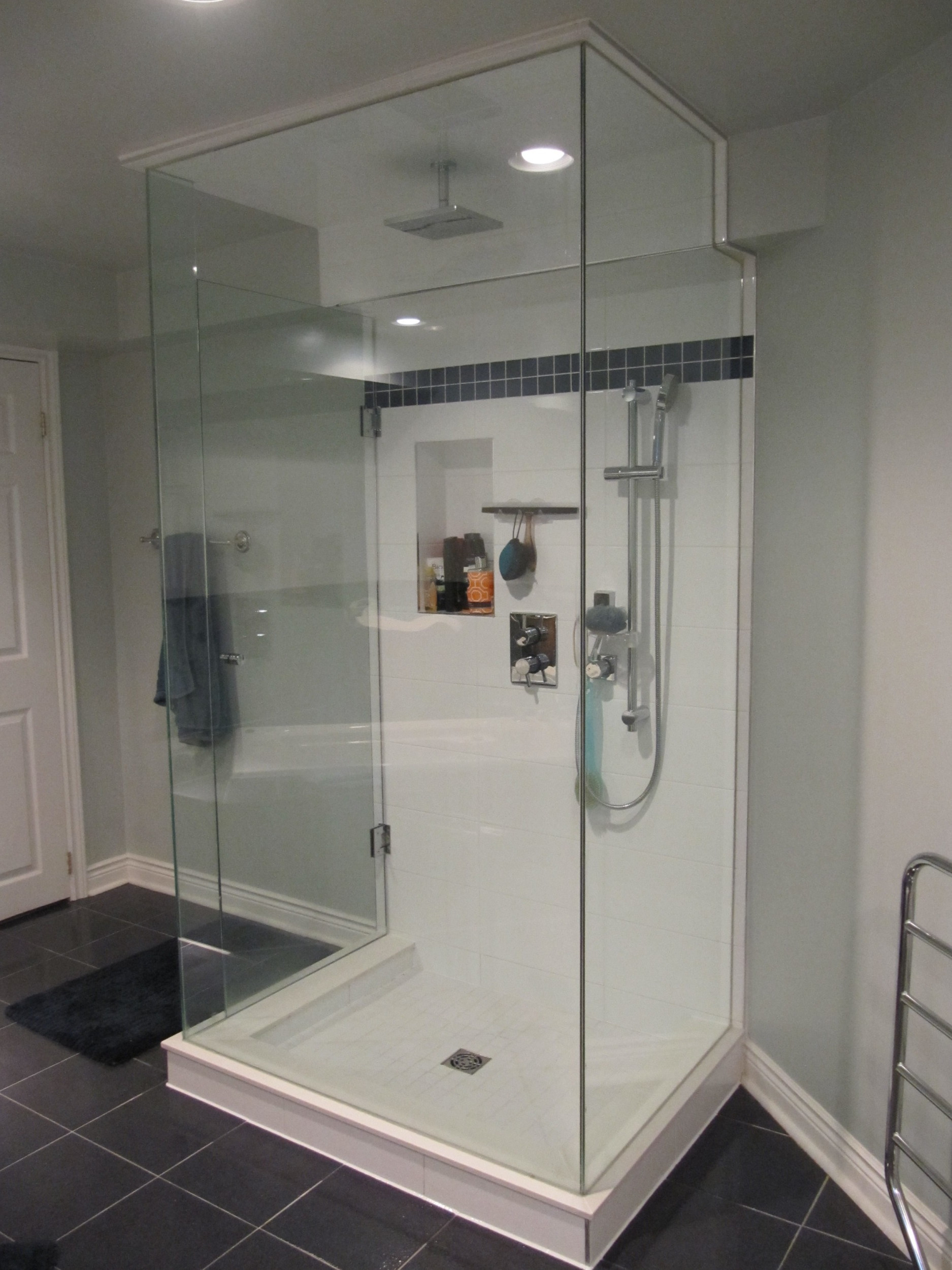 Fast Bathroom Rennovation Oakville | Schluter System Shower