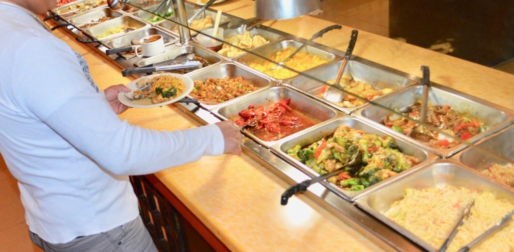 A-1 China Super Buffet  le da la bienvenida a sus nuevos clientes hispanos